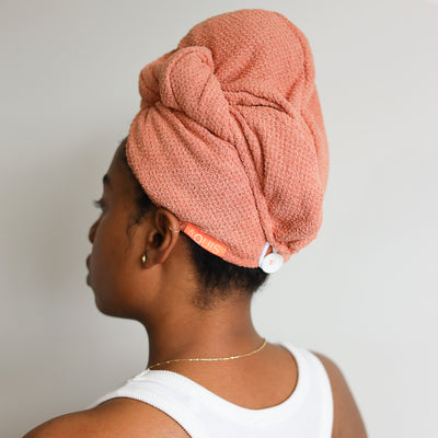 AQUIS CopperSure Hair Wrap on model