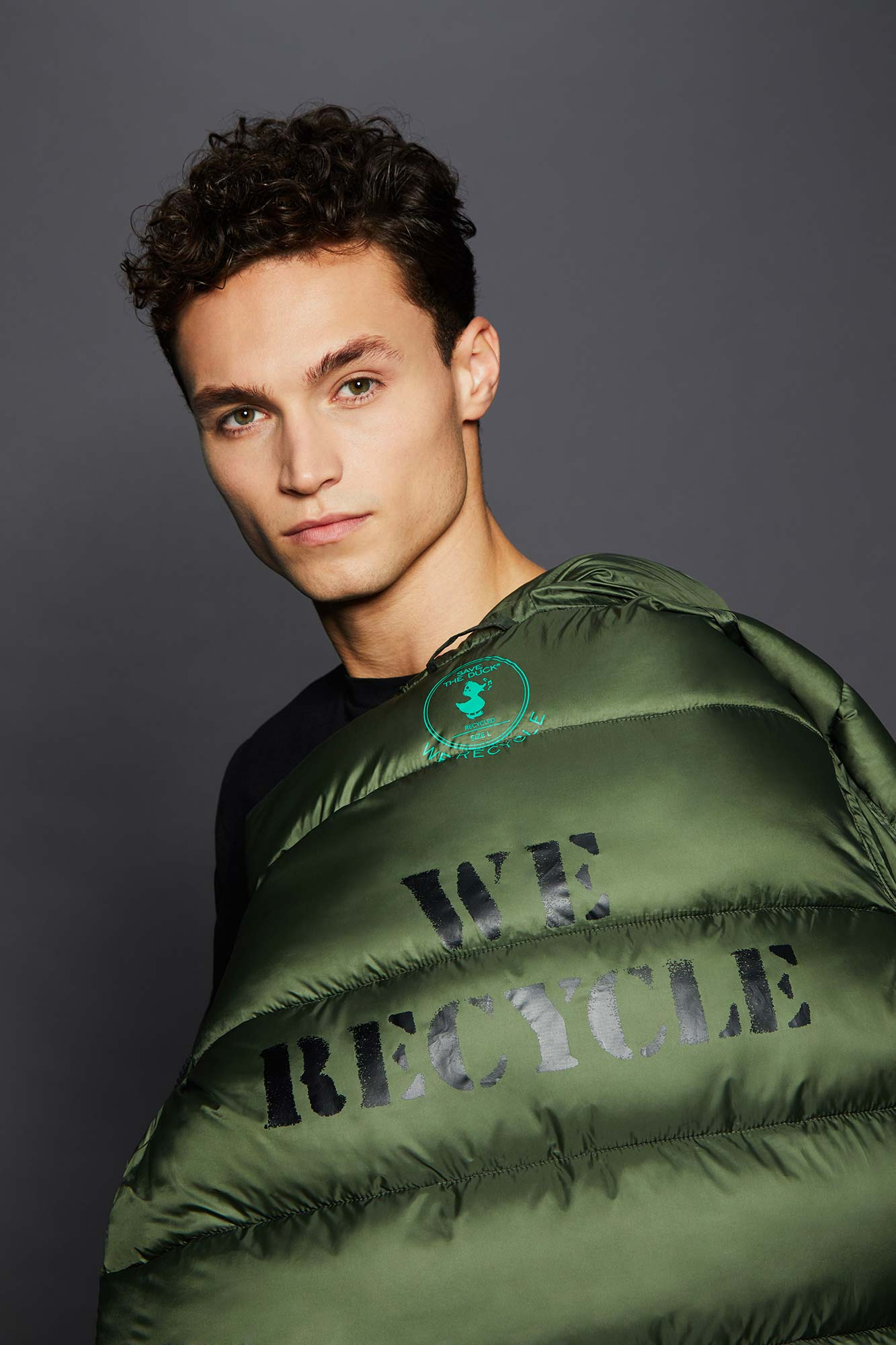 Hooded Puffer Jacket made from Recycled Materials