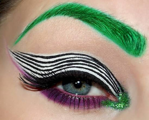 beetlejuice Halloween eye makeup
