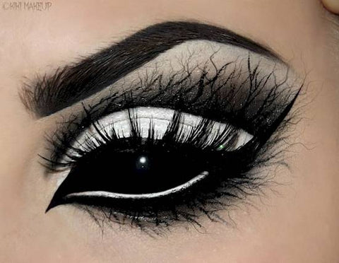 Dark Willow Halloween eye makeup
