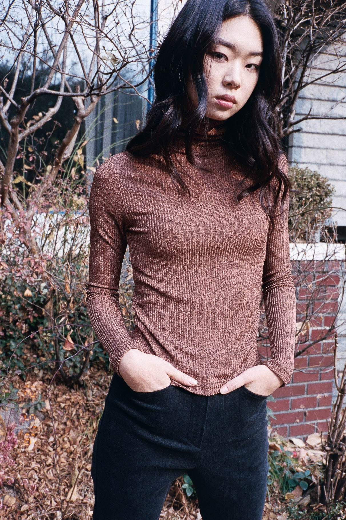 Hello roll neck ribbed knit