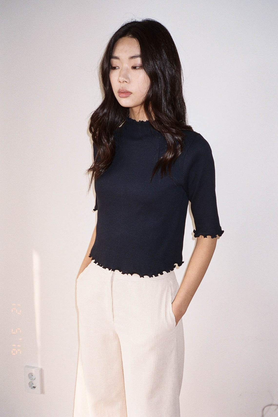 Poppy frilled hem top