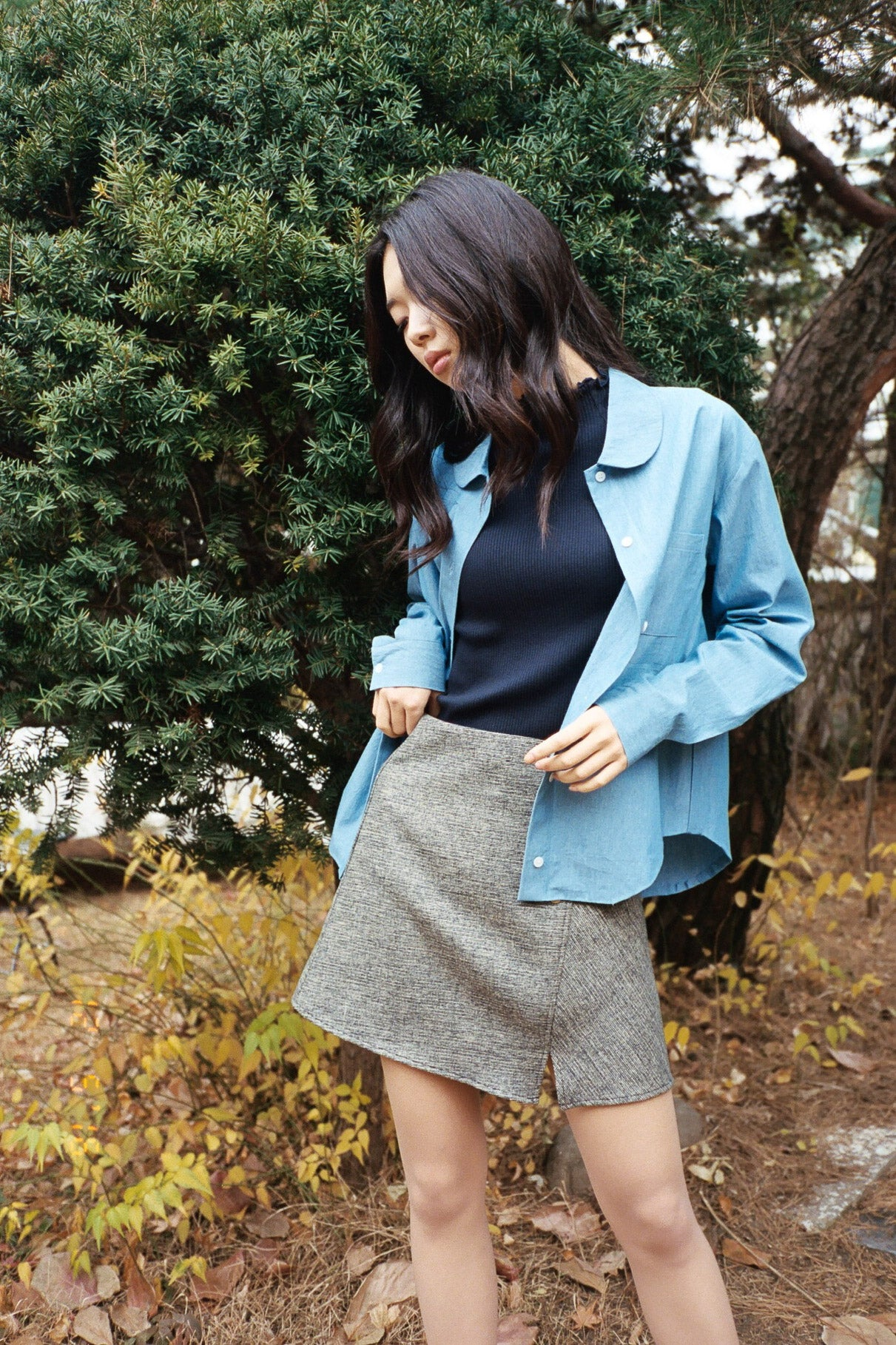 Henry buttoned notch skirt
