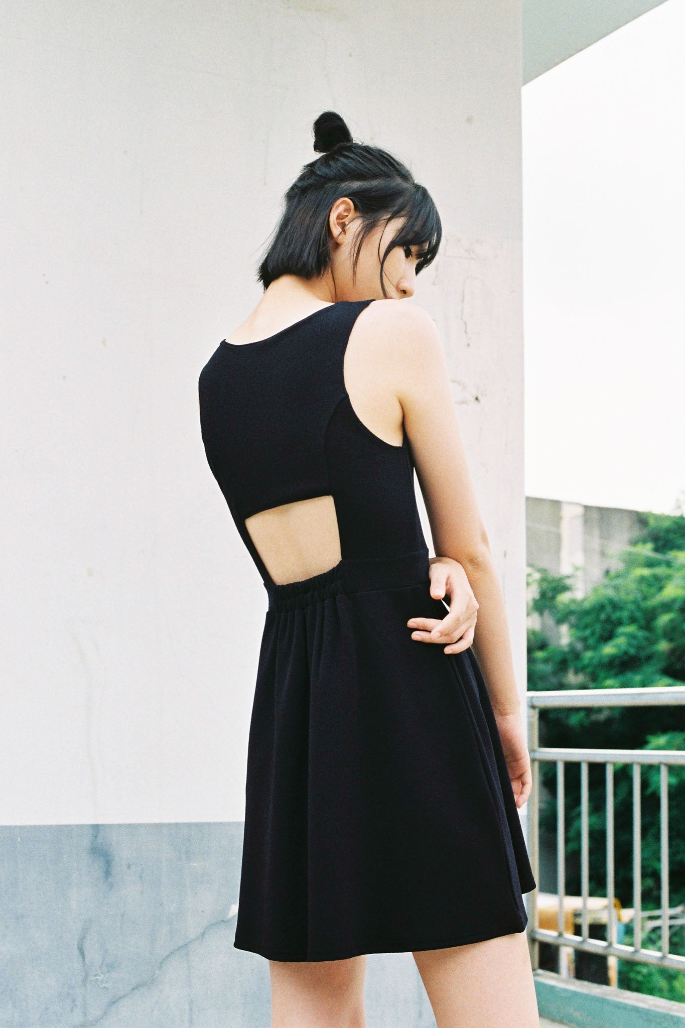 Hey open-back dress