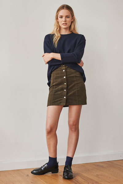 December corduroy buttoned skirt