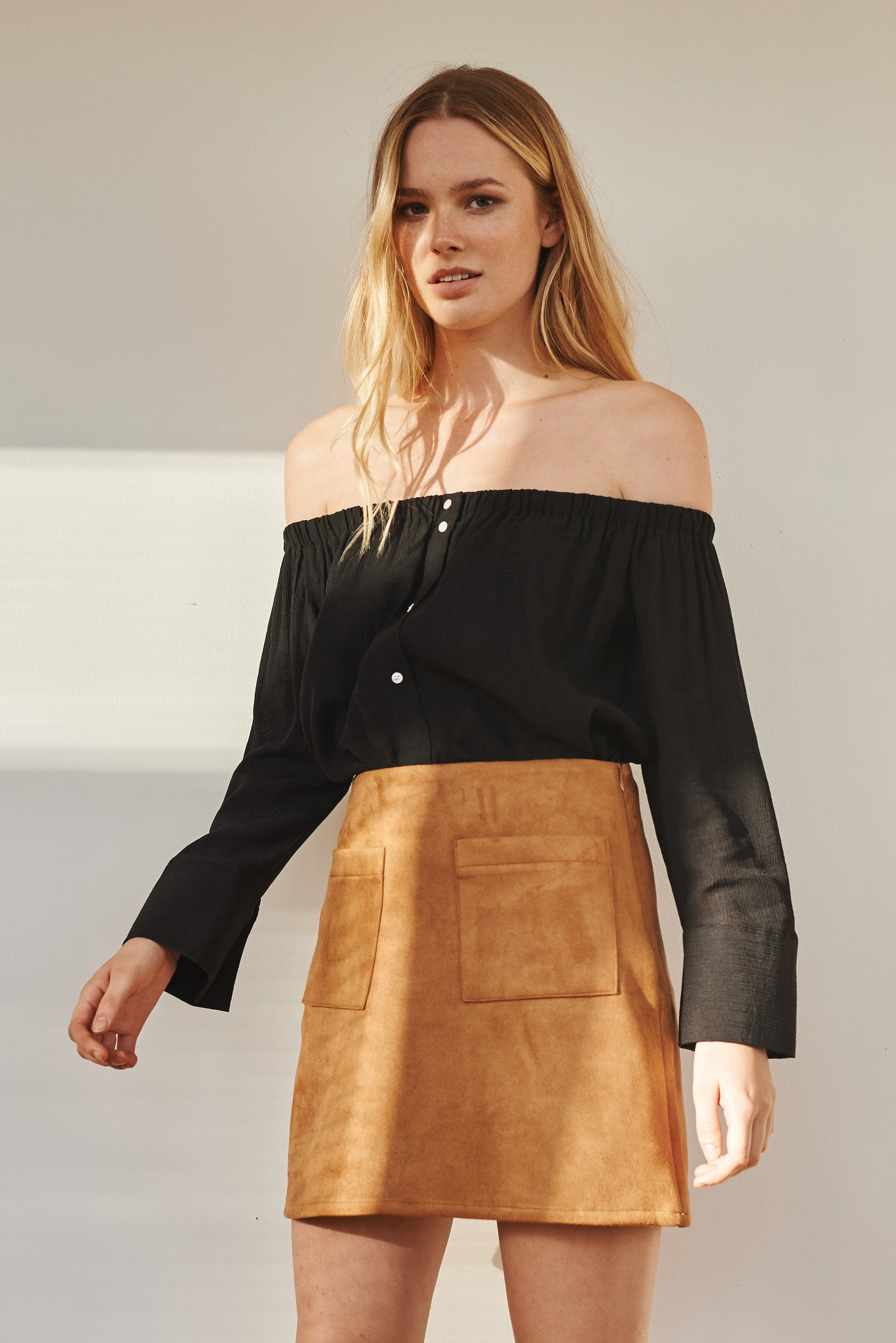 Betty off-shoulder buttoned blouse