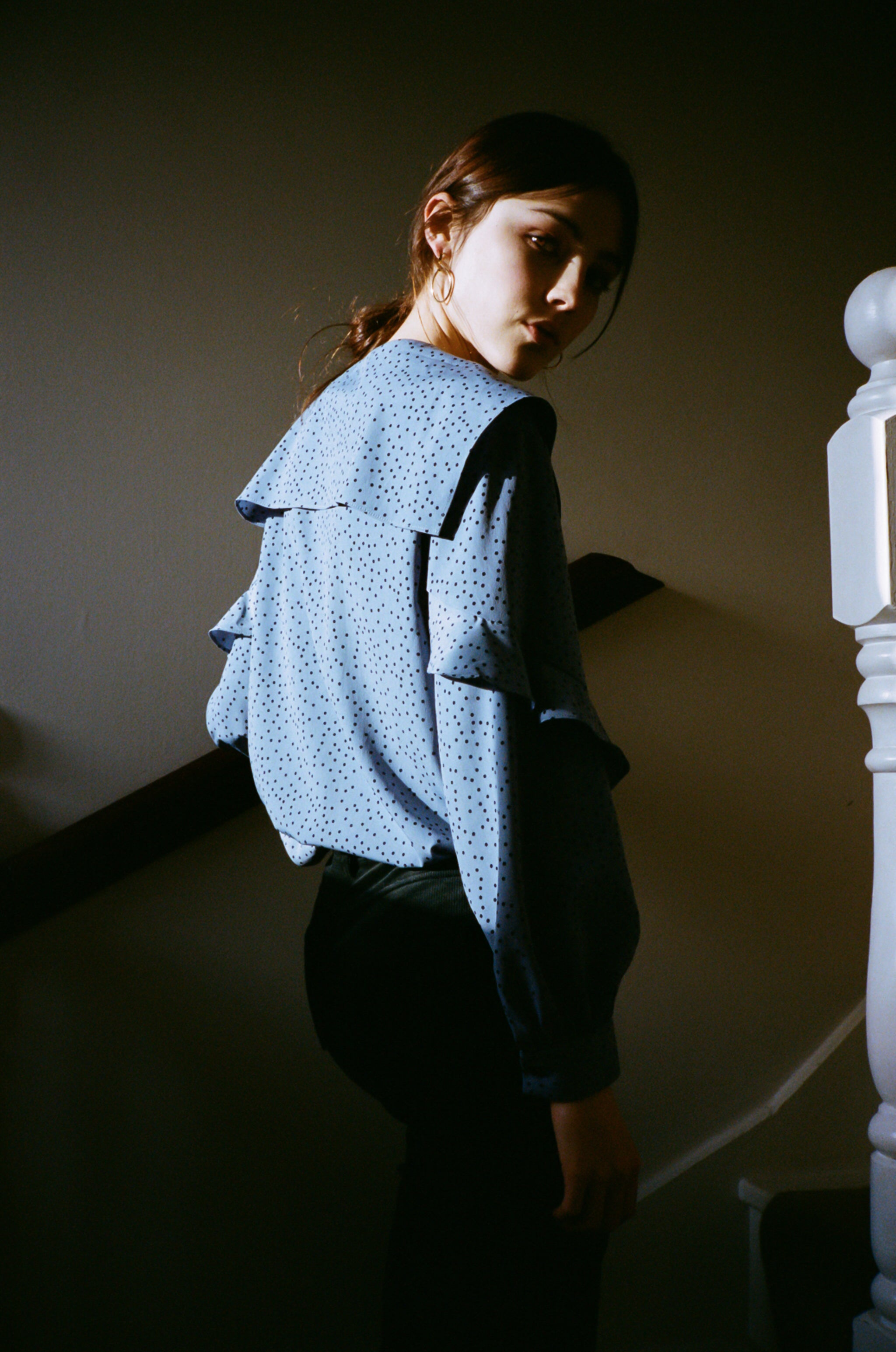 June dotted collar ruffled blouse