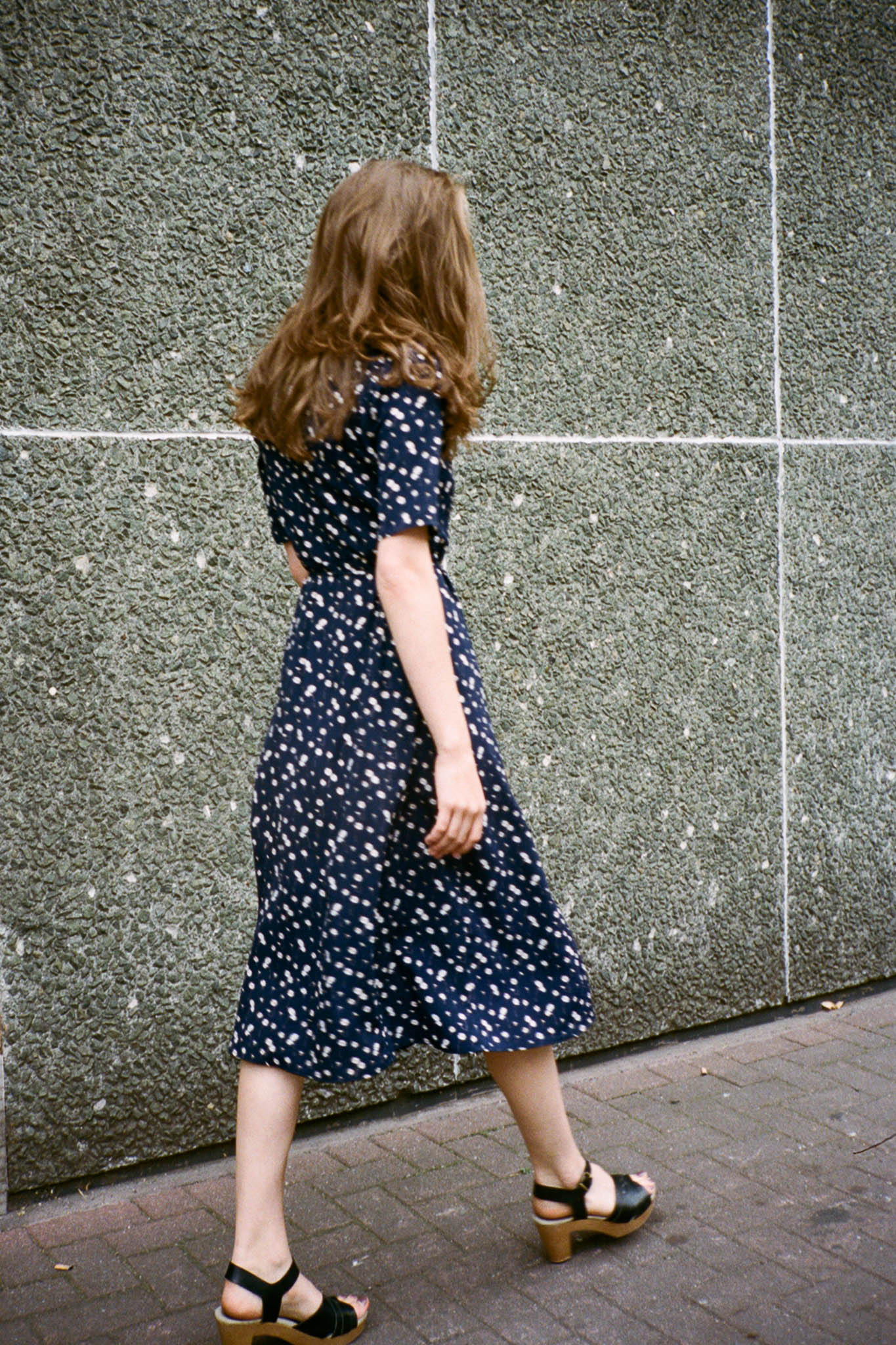 90s Dream midi floral buttoned dress