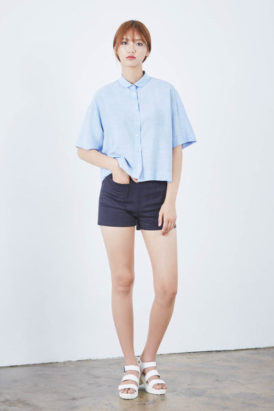Library cropped loose shirt