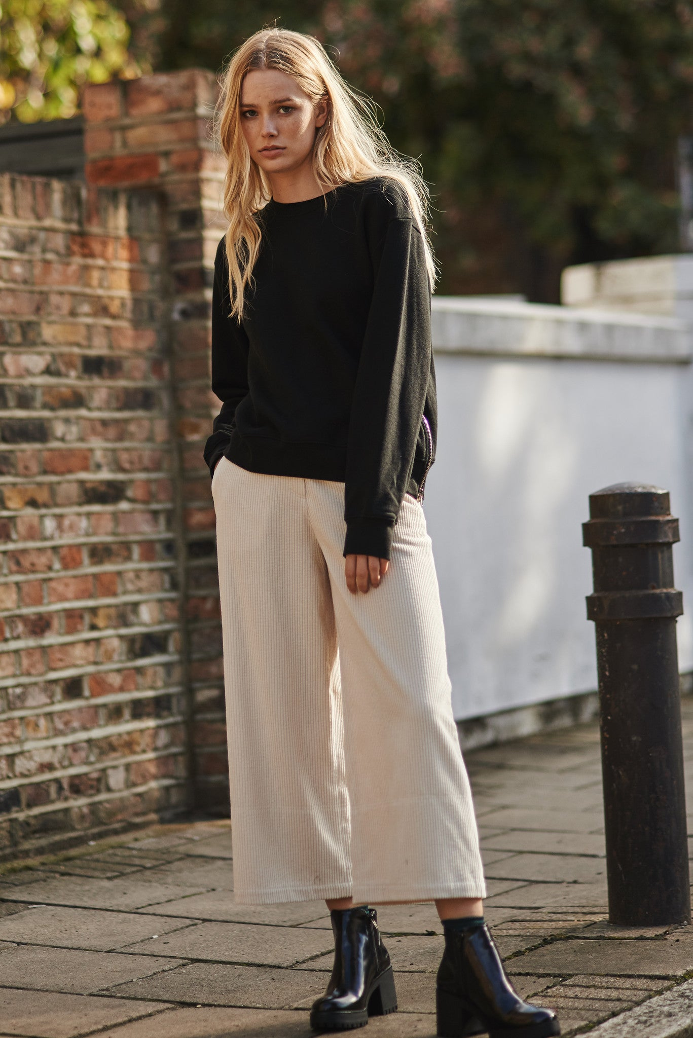 Hannam cropped zipped sweater