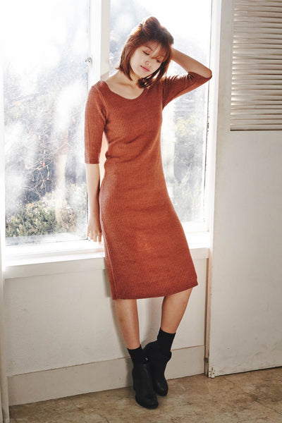 Relaxed knit midi dress