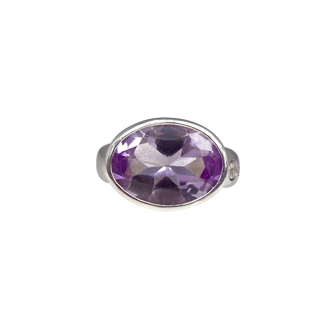 Allure Oval Amethyst Ring