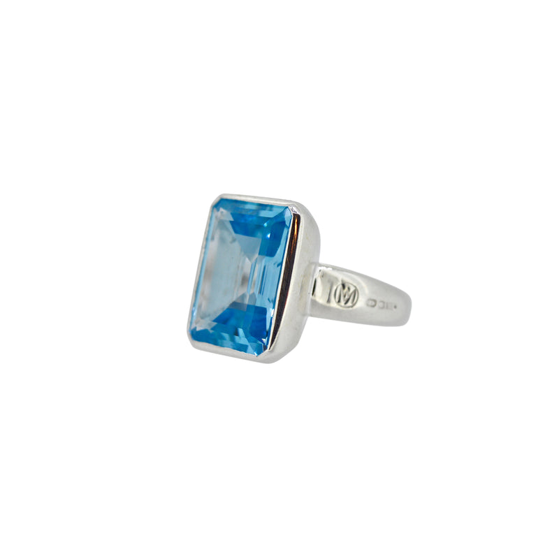 Allure Blue Topaz Show Stopper