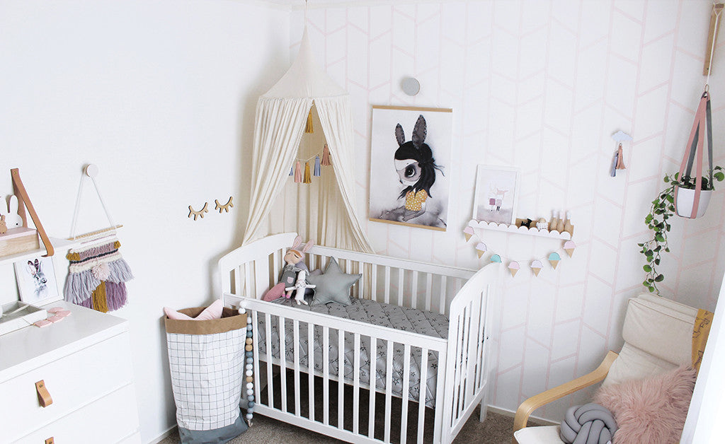 Guest Blog: DIY Nursery Makeover by Clever Poppy