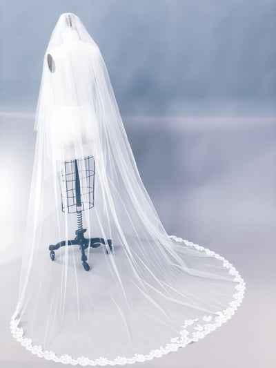 "Sample Sale | Custom 30/90"" Veil"