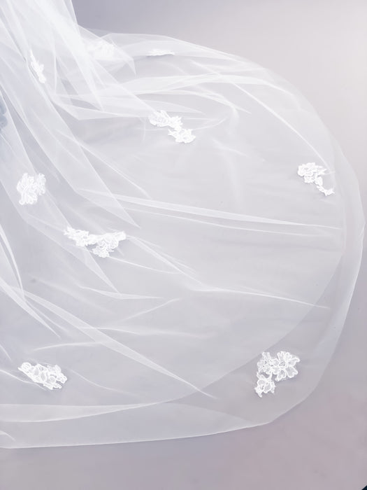 Sample Sale | Natalie Veil