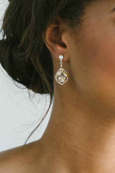 Teardrop bridal earrings | Sara Gabriel