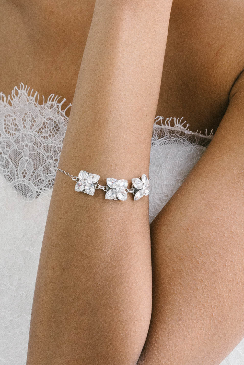 Mini crystal bracelet perfect for brides and bridesmaids | Sara Gabriel