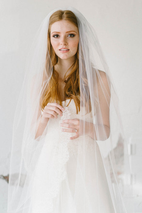 Scalloped French lace veil | Sara Gabriel