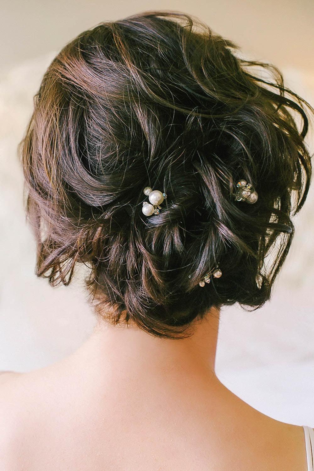 Sweet and simple pearl and crystal hair pins