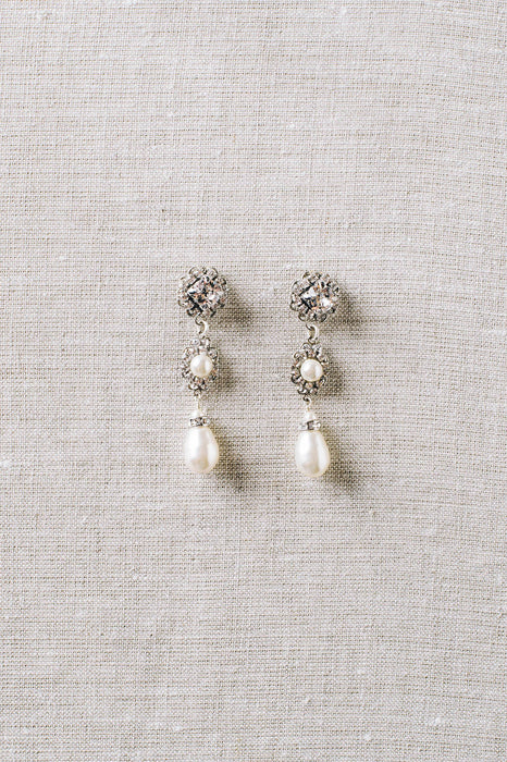 Crystal and pearl bridal drop earrings | Sara Gabriel