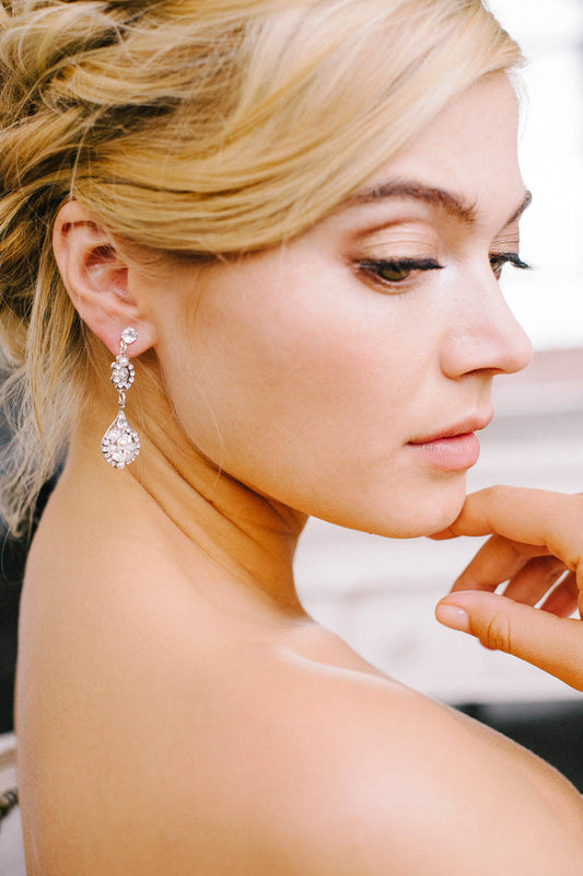 Classic bridal drop earrings
