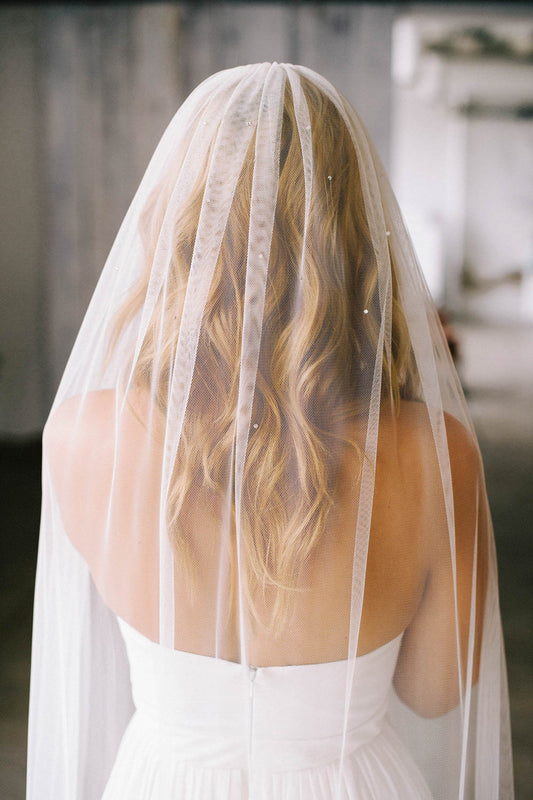 English netting bridal veil with dramatic drape | Sara Gabriel