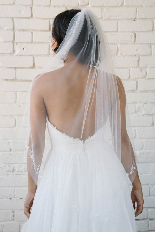 Embroidered bridal veil with delicate glass beading | Sara Gabriel
