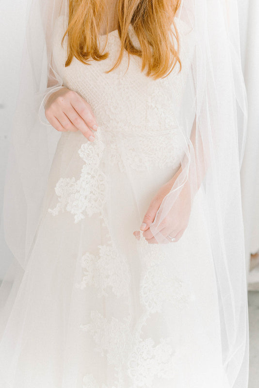 Scalloped French lace bridal veil | Sara Gabriel