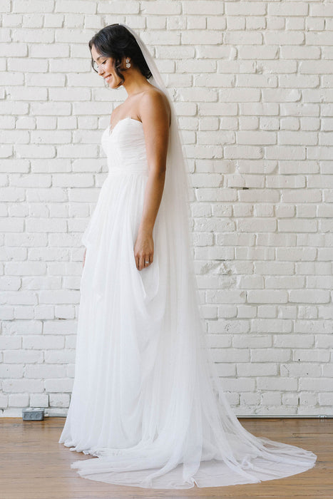Scattered star crystal full length veil | Sara Gabriel