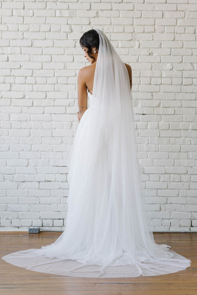 Scattered star crystal full length bridal veil | Sara Gabriel