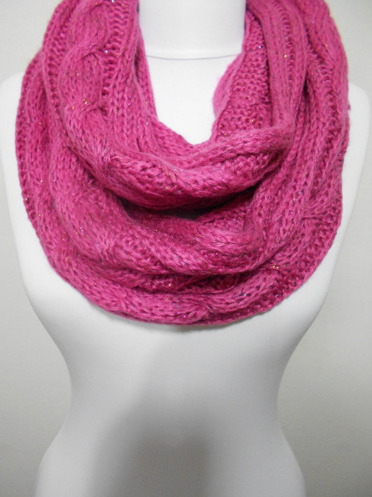 Infinity Scarf Knitted Loop Scarf Warm Circle Scarf Kntting Winter Scarf Ascot Neck Warmer Holiday Fashion Accessory Christmas Gifts for Her