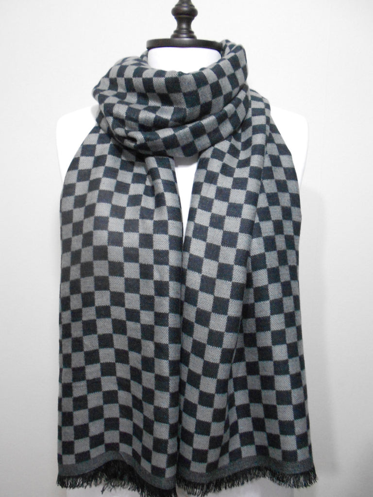 ScarfCluB Gray Black Plaid Scarf    www.scarfclub.net