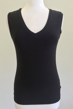 Diane Kroe convertible cami - Reversible Tank Top v-neck look
