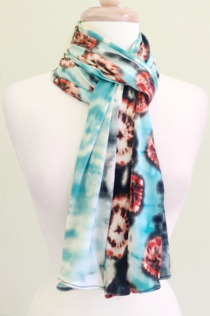 Convertible Travel Scarf Endless as a scarf