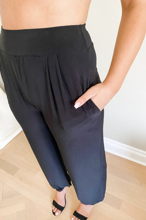 Pocket Pants : Wide-leg to Dressy Joggers side view pocket