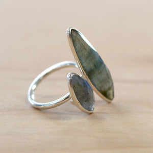 The Eve - Labradorite Ring - Silver