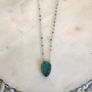 Green necklace - flash sale!