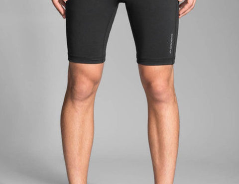 "Brooks MEN'S GREENLIGHT 9"" RUNNING SHORT TIGHT"
