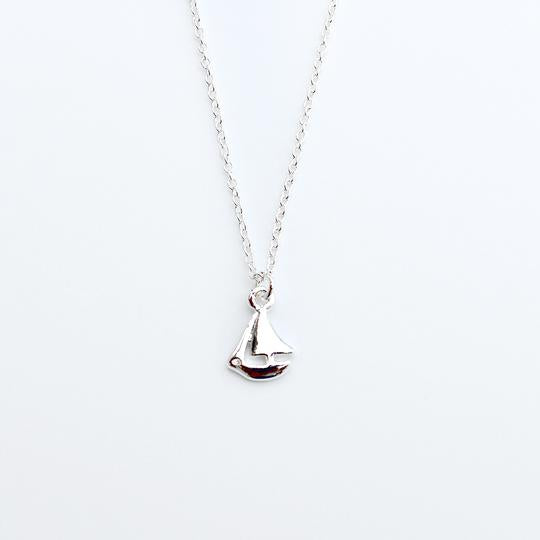 Congrats Grad Necklace - Smooth Sails