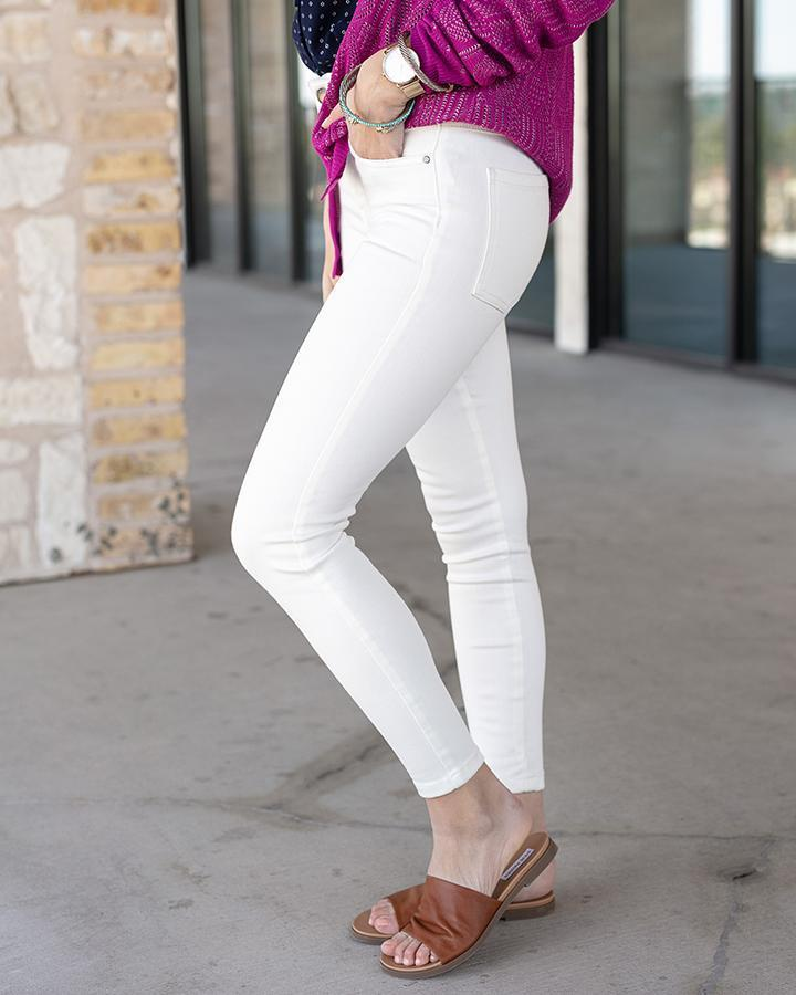 Grace & Lace White Non-Distressed Jeggings