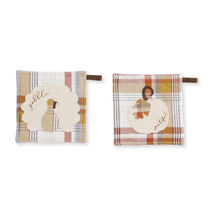 Mud Pie Plaid Gather Pot Holders-Mud Pie-BeautyOfASite | Beauty, Fashion & Gourmet Boutique