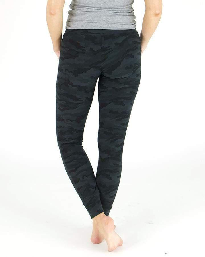 Grace & Lace Live-In Loungers - Black Camo