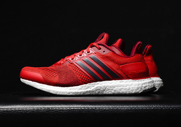 How To Lace Your Sneakers / Swap Your Shoe Laces : ADIDAS Ultra Boost ST Ray Red
