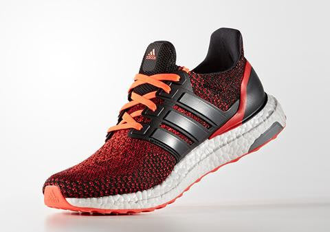 How To Lace Your Sneakers / Swap Your Shoe Laces : ADIDAS Ultra Boost Solar Red Global Running Day