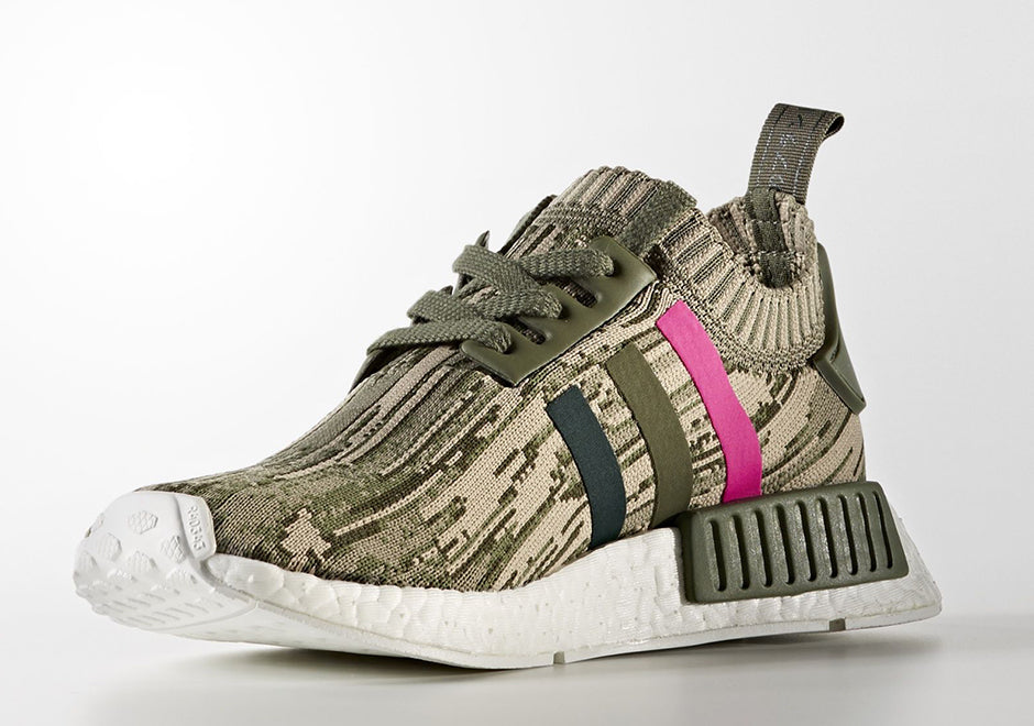 How To Lace Your Sneakers / Swap Your Shoe Laces : ADIDAS NMD R1 Camo and Pink