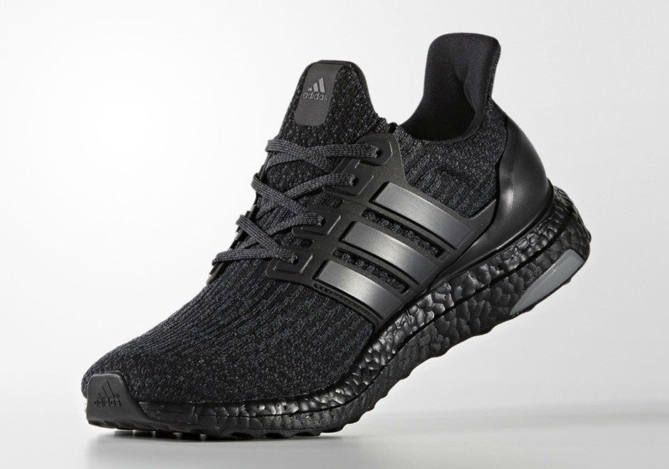 How To Lace Your Sneakers / Swap Your Shoe Laces : ADIDAS Ultra Boost 3.0 Triple Black