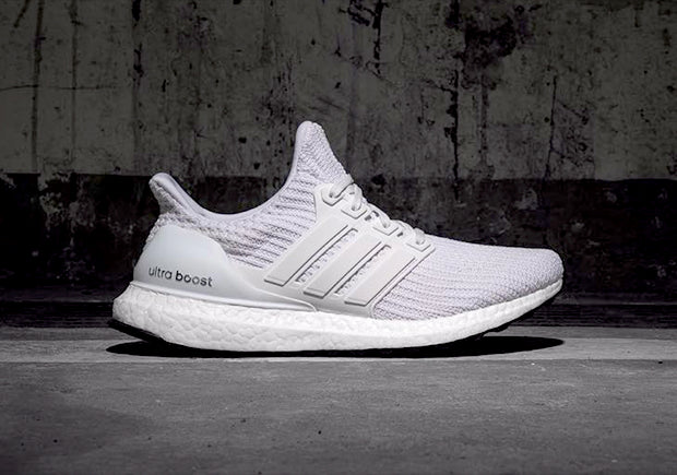 quality design dfce1 0ae7d How To Lace Your Sneakers   Swap Your Shoe Laces   ADIDAS Ultra Boost 4.0  Core