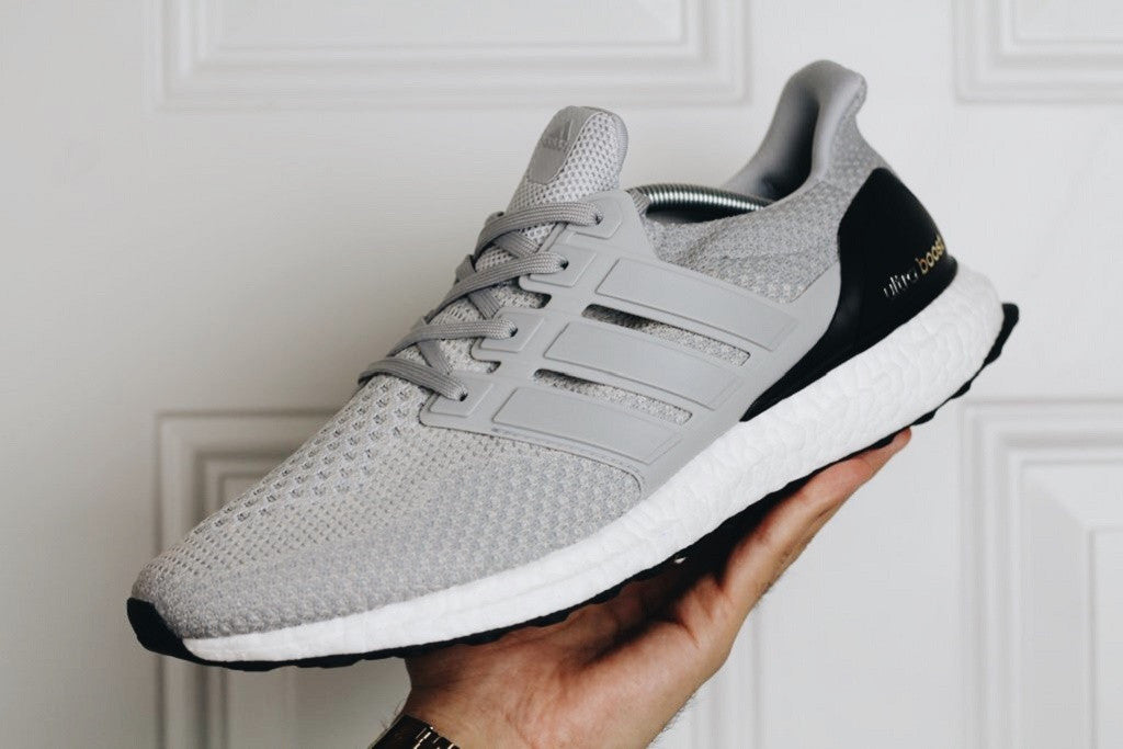 buy popular 64b1b ae808 How To Lace Your Sneakers   Swap Your Shoe Laces   ADIDAS Ultra Boost 2.0  Light