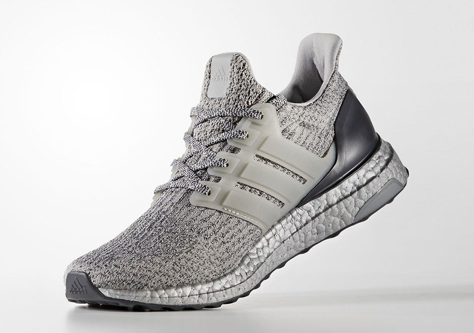 How To Lace Your Sneakers / Swap Your Shoe Laces : ADIDAS Ultra Boost 3.0 Silver Pack